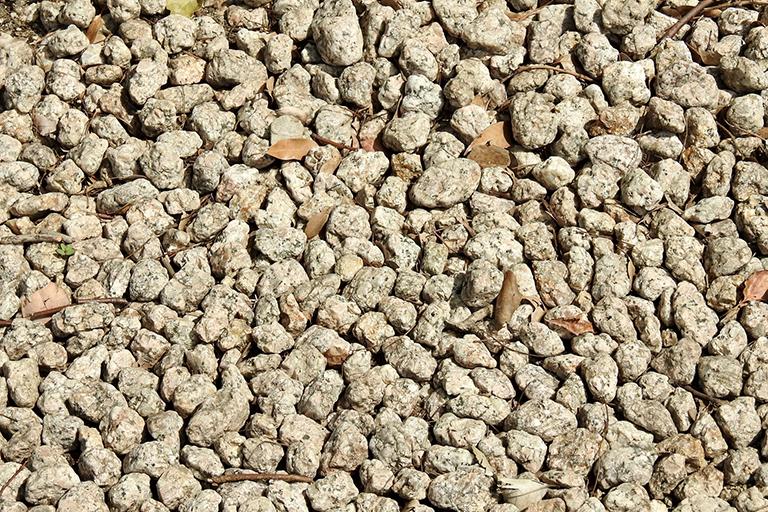 地盤改良用砂、高炉スラグ、銅フラグ・ フェロニッケルスラグ、捨石の販売
